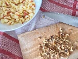 Rezept Porridge Apfelschnecken Apfelstücke und Walnüsse