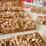 Rezept beerige Crunchy Riegel mit Kokos Rezeptimage