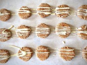 Rezept Mandel-Porridge Cookies mit Honig Schokodeko